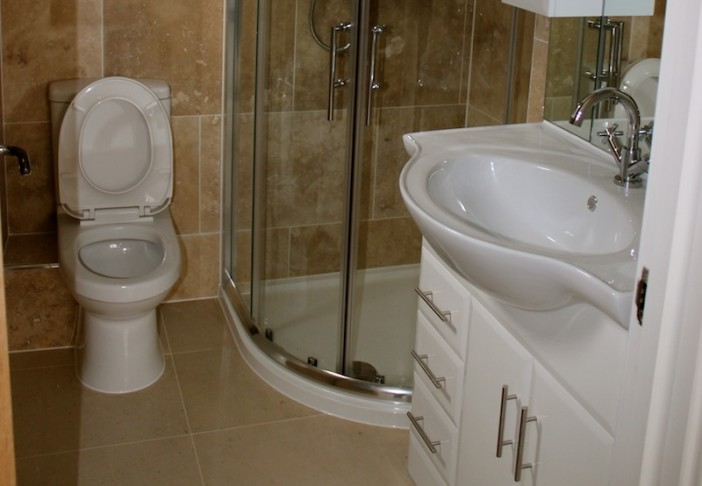 toilet tiled